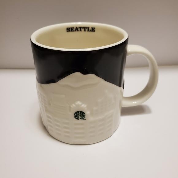 Starbucks Seattle Skyline 2012 Collectors Series